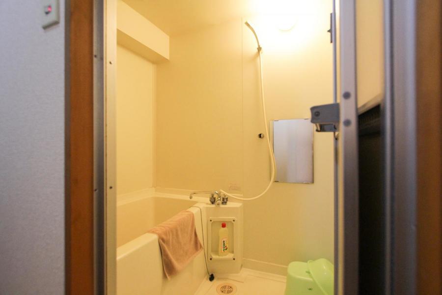 バスルームはゆったり広々。バスグッズもご用意しております