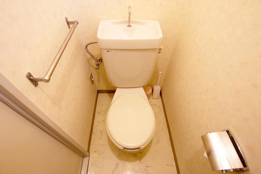 お手洗いはセパレート式。気になる衛生面も安心です