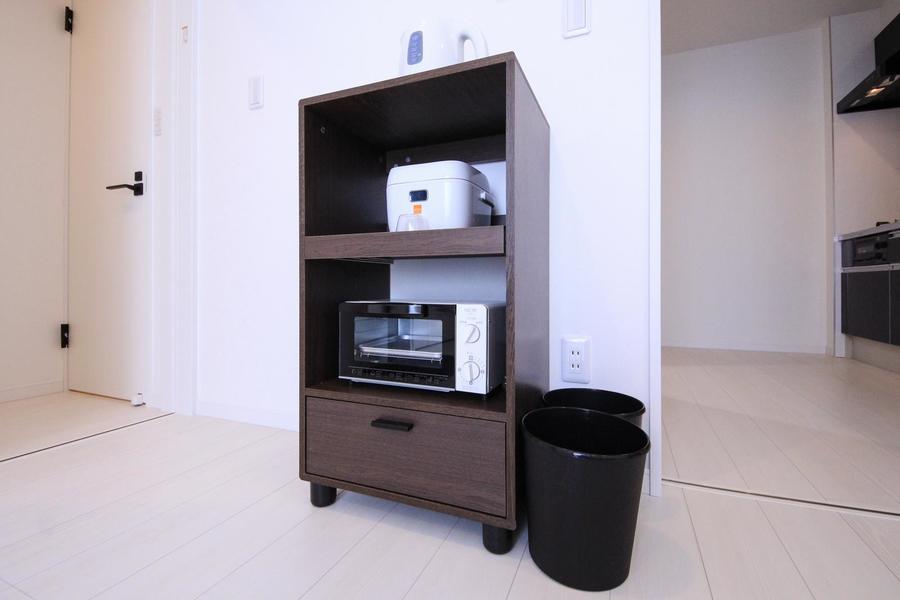 トースターなどのキッチン家電は使いやすいようワゴンラックに集約