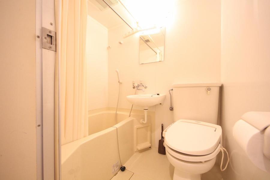 浴室乾燥機、ウォシュレット完備のユニットバス