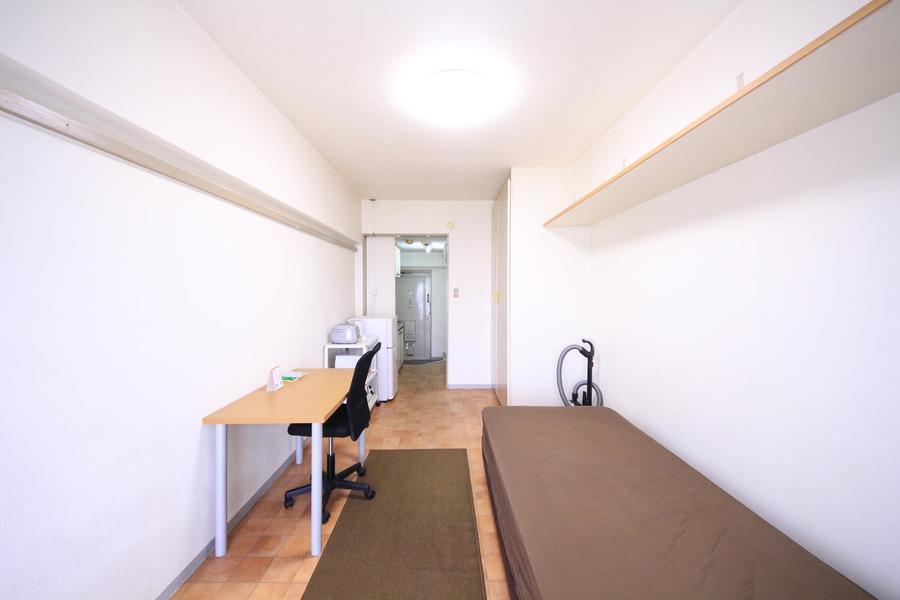 お部屋と廊下のフローリングをひとつにすることで奥行きの広さが際立ちます