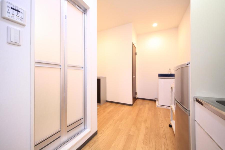 1Kマンションにありがちな狭さを感じさせないつくり