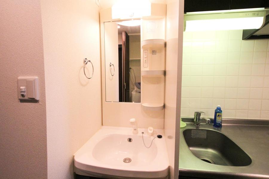 きれいで使い心地の良い独立洗面台