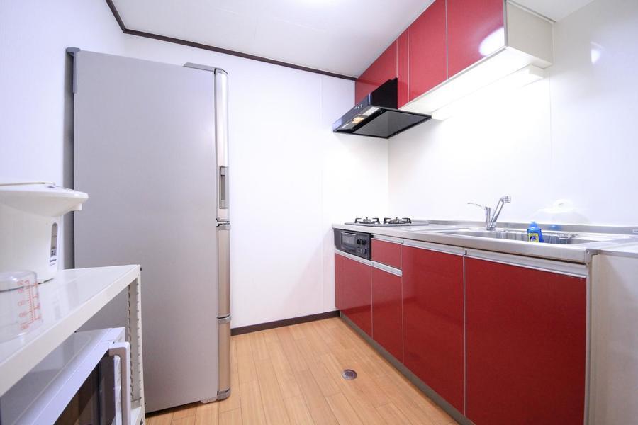キッチンは広々としたつくり。動きにくさはありません