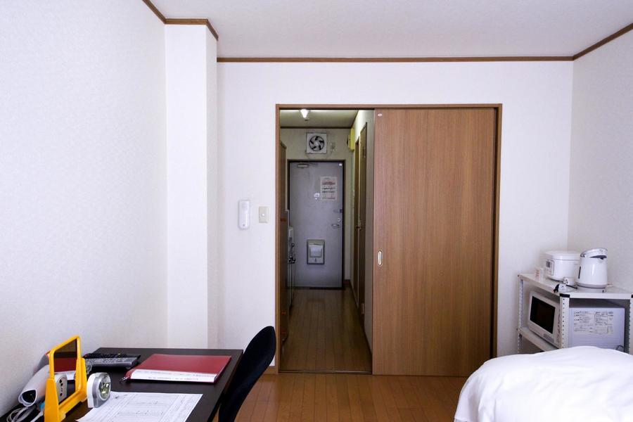 お部屋と廊下の間の段差は少なく、暗い中でも安心です