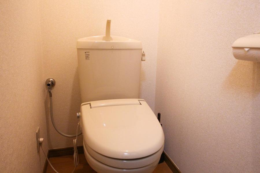 お手洗いはこだわりのお客様も多いセパレート式