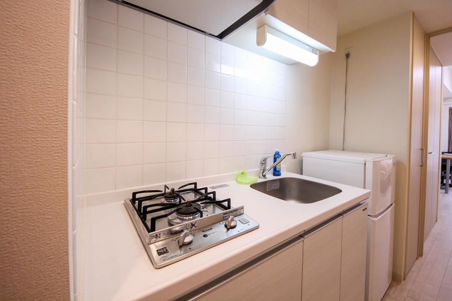 清潔感のあるキッチン。使いやすい2口ガスコンロを搭載