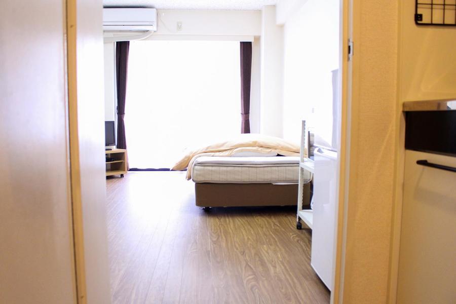 お部屋と廊下の段差も少なく、暗い中でも安心です
