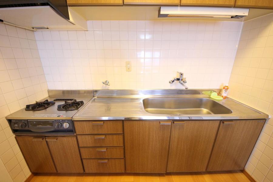 シンクや作業スペースも広く、お料理好きの方も安心!