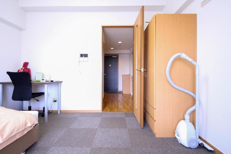 お部屋と廊下は段差がないフラットな作り
