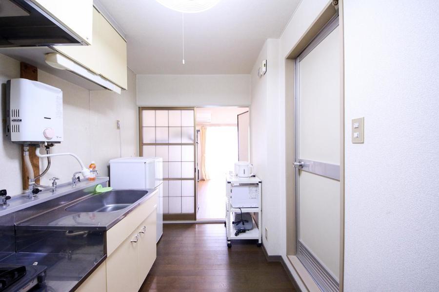 キッチン周りも広めに確保され、移動もスムーズ