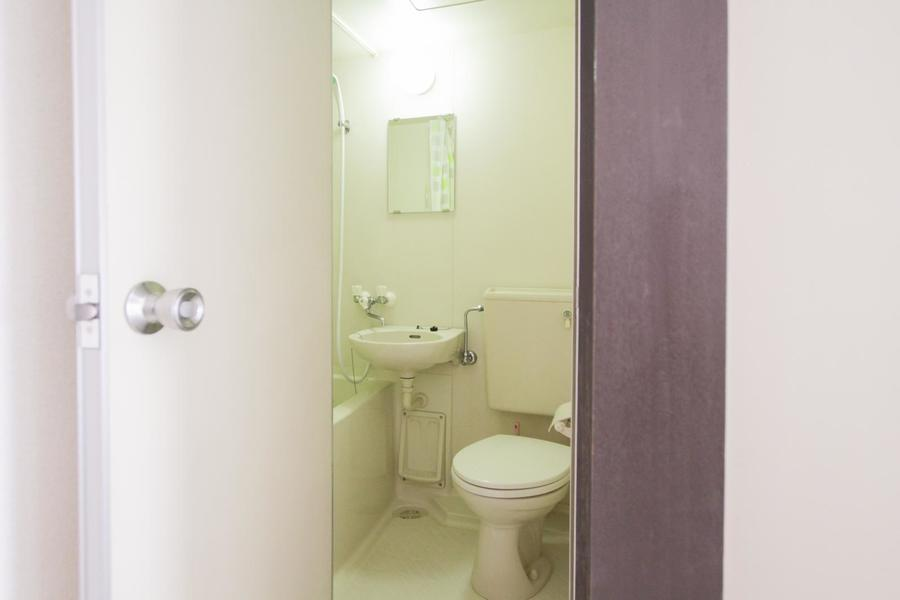 バス・トイレは使いやすいオールインワンタイプ