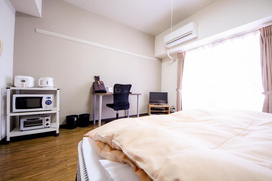 家具家電を配置した室内はゆとりある広さ