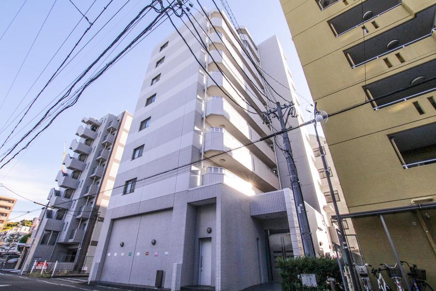 名古屋城近くの閑静な住宅街。緑あふれる環境でお過ごしいただけます