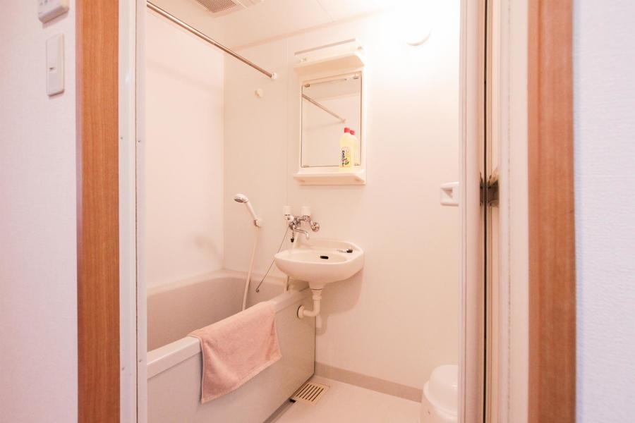 バスルームではゆったりとリラックスタイムをお過ごし下さい