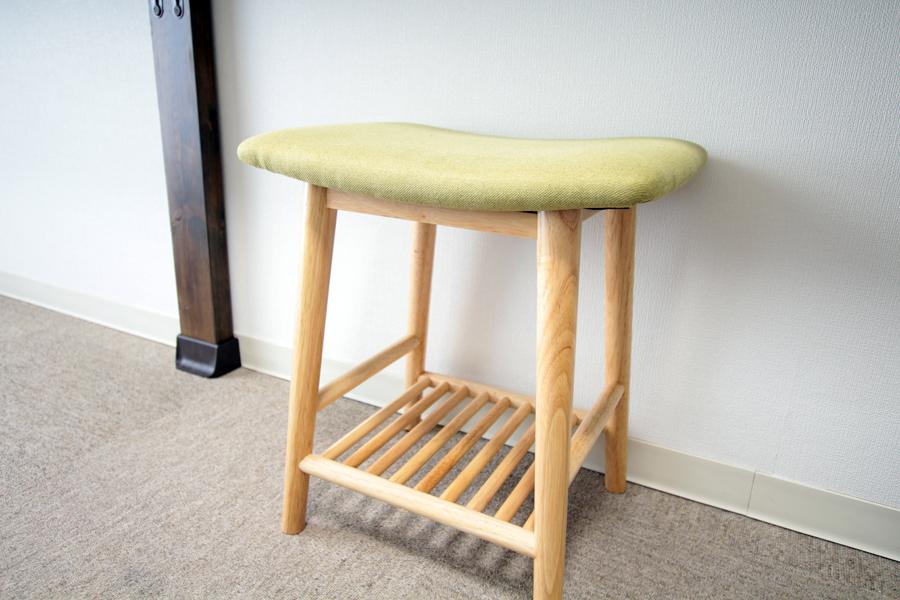 スツールとして、オットマンとして、ちょっとした椅子として