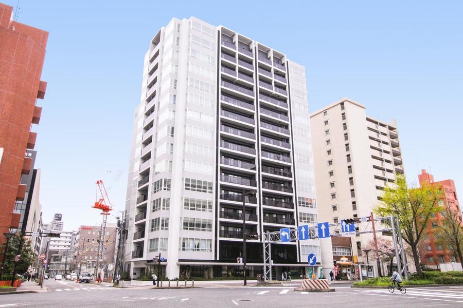 栄の中心街よりほど近いベストなエリア。地下鉄2線利用可の新築マンションです