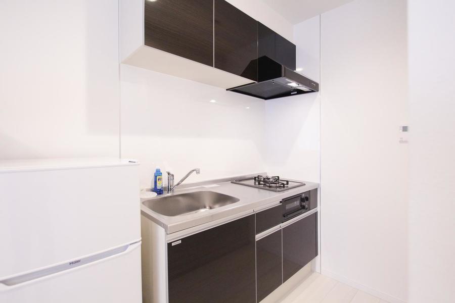 ワンルームタイプでは大きめのキッチン。ガスコンロは2口タイプです