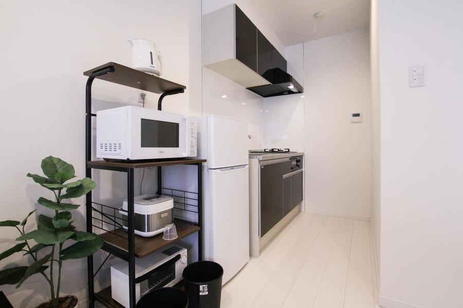 冷蔵庫や家電類は使いやすい場所に設置。キッチンも広め!