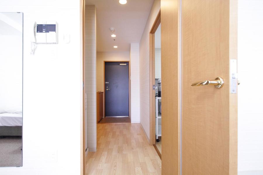 やわらかな木目が印象的。シンプルなお部屋にぬくもりを与えてくれます