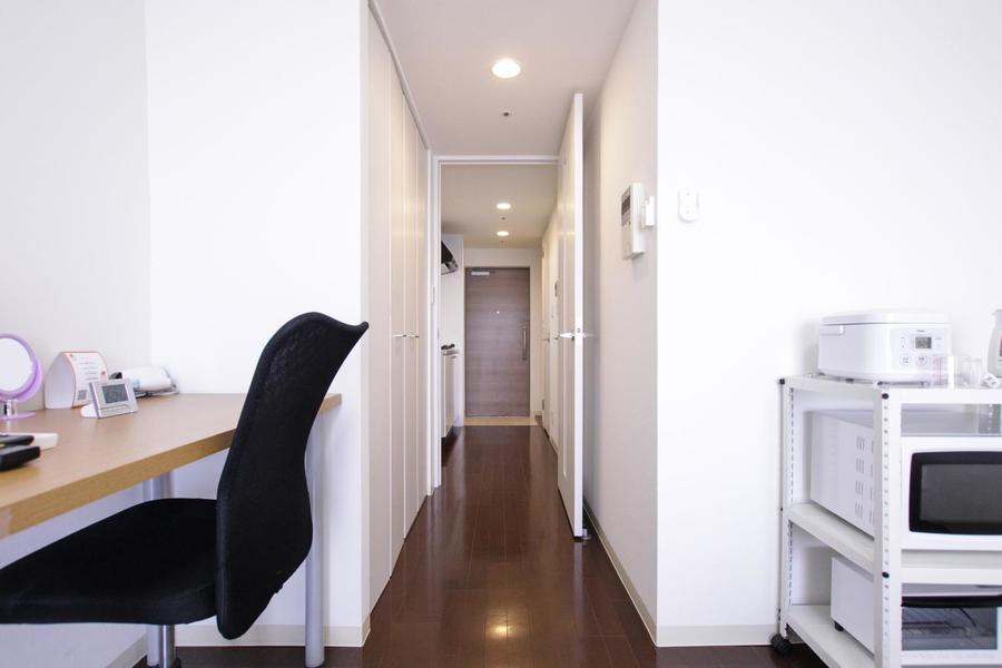 キッチンとお部屋の間には扉を設けているため来客時も安心