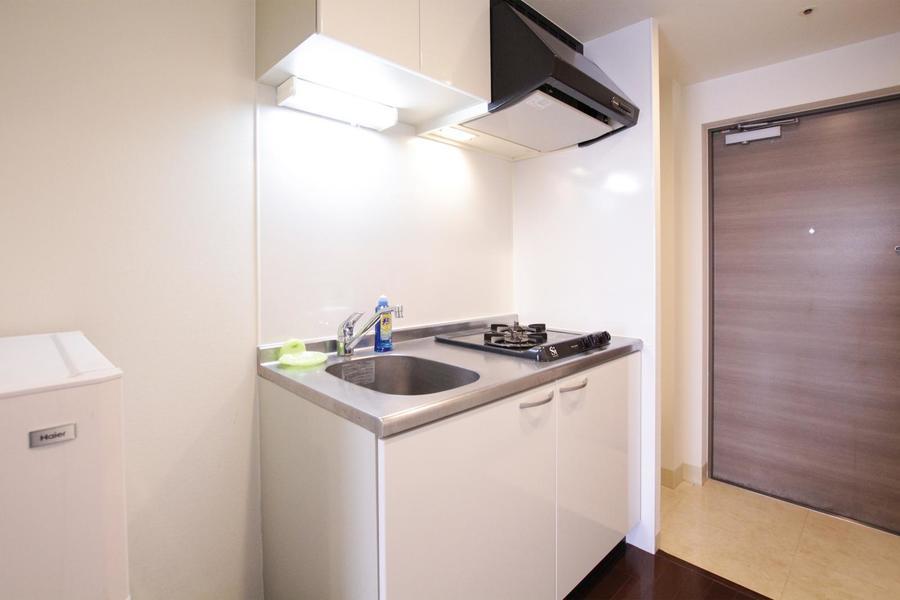 キッチンは2口ガスコンロを採用。簡単なお料理もおまかせください
