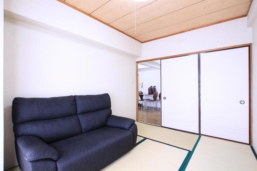 和室にはおなじみの押し入れも設置。収納面もばっちりです