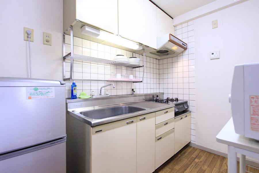 キッチンは収納も広さもたっぷりです