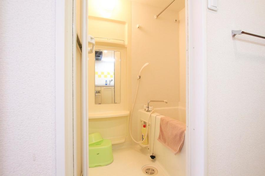 お風呂は人気の浴室乾燥機能を搭載しています