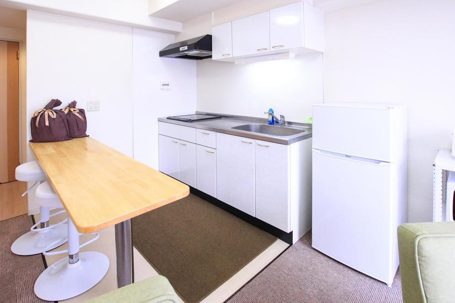 カウンターテーブルタイプのキッチンはオシャレで使い勝手抜群!
