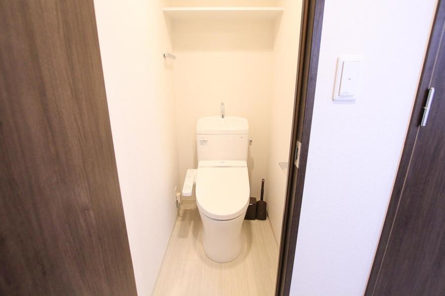 バス・トイレはセパレート式。シャワートイレを採用しています