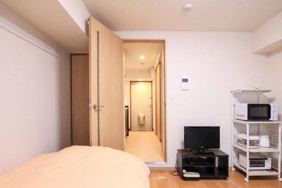 廊下とお部屋の間には扉が設置。目隠し、室温管理に便利です