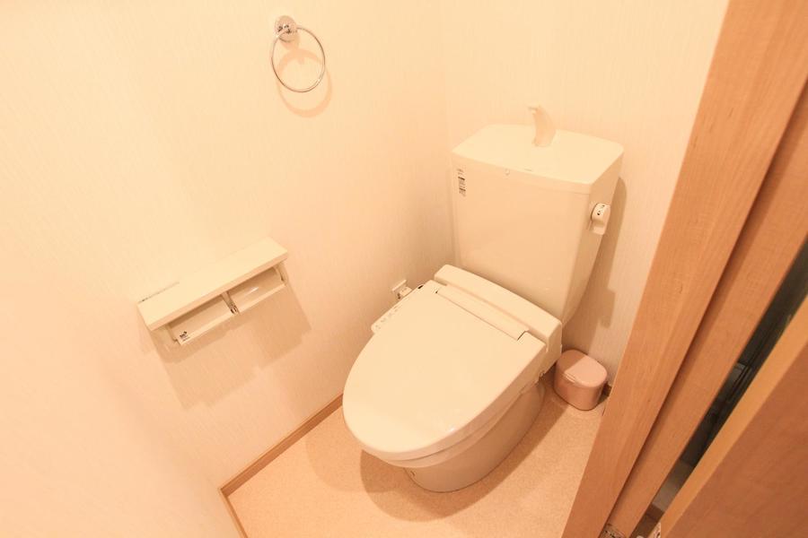 人気のバス・トイレセパレートタイプ。シャワートイレ完備です