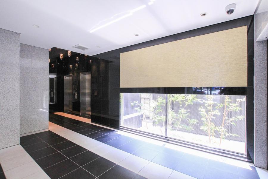 エレベーターは2基設置。忙しい出勤時も安心です