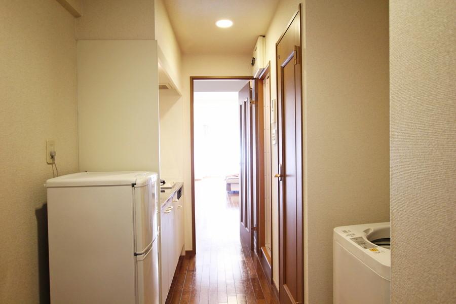 廊下から室内までは段差のないやさしいつくり