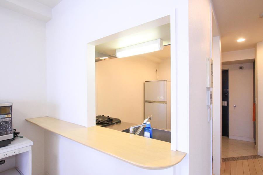 キッチンは人気のオープンタイプ。お部屋の中に目を配りながらお料理ができます