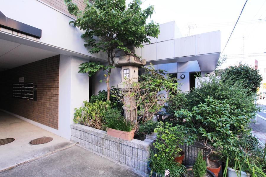 名古屋の中心で自然と四季の移り変わりに触れることができます
