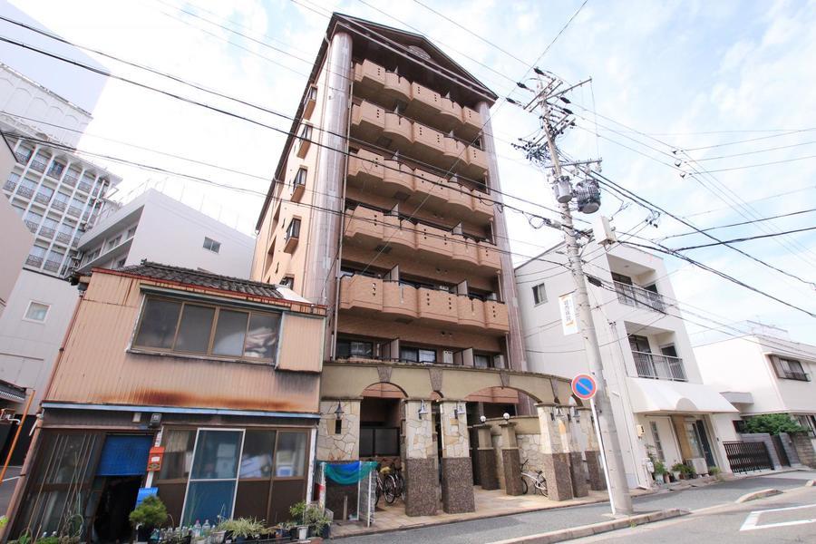 尾頭橋駅より徒歩4分。周辺は住宅街なので夜も静かにお過ごしいただけます