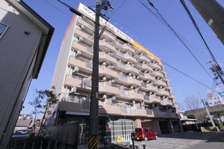 豊田市駅より徒歩4分の好立地。出張、研修の滞在先としても人気です