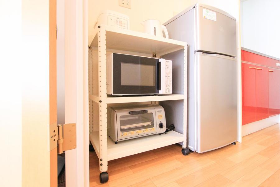 電子レンジや炊飯器など、キッチン家電は使いやすく配置されています