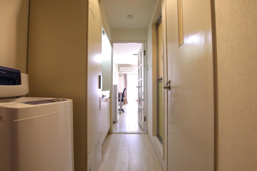 廊下もお部屋と同じフローリングを使用し統一感があります
